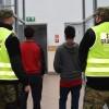Nielegalni migranci znalezieni w naczepie tira