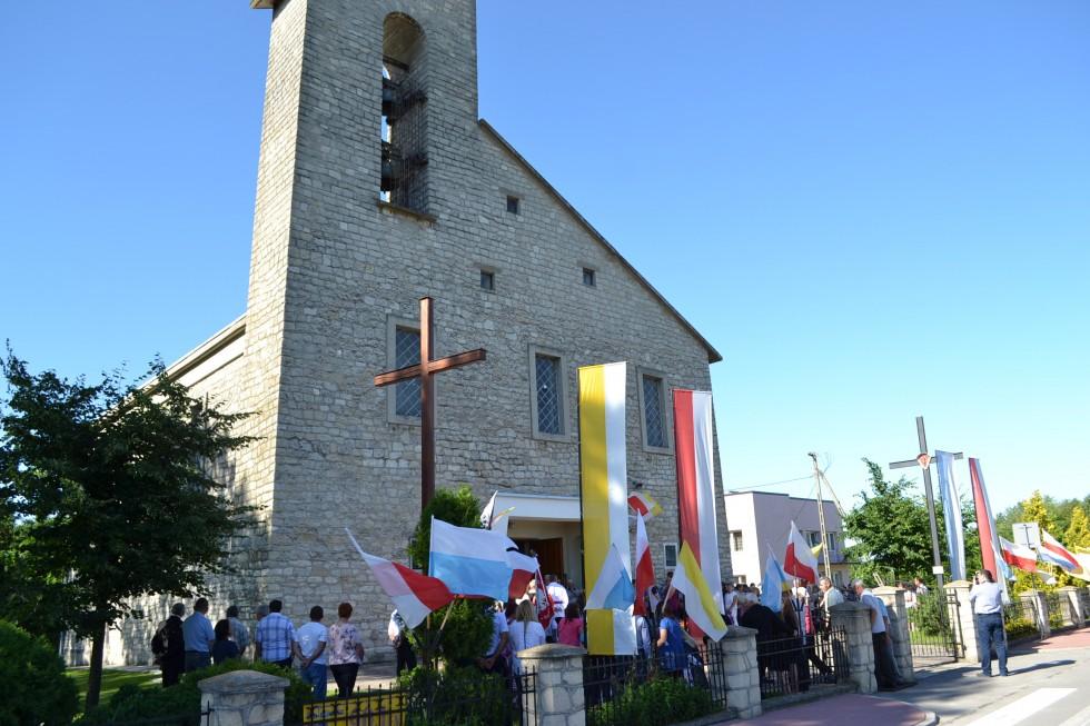 21.06 Tarnoszyn. Parafia św. Stanisława Biskupa
