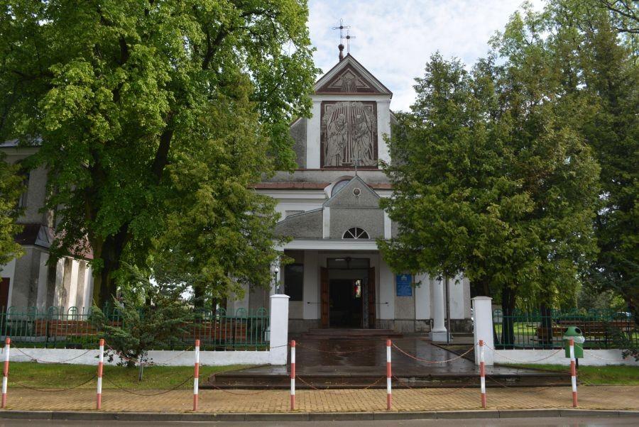 24.05 Mircze. Parafia pw. Zmartwychwstania Pańskiego