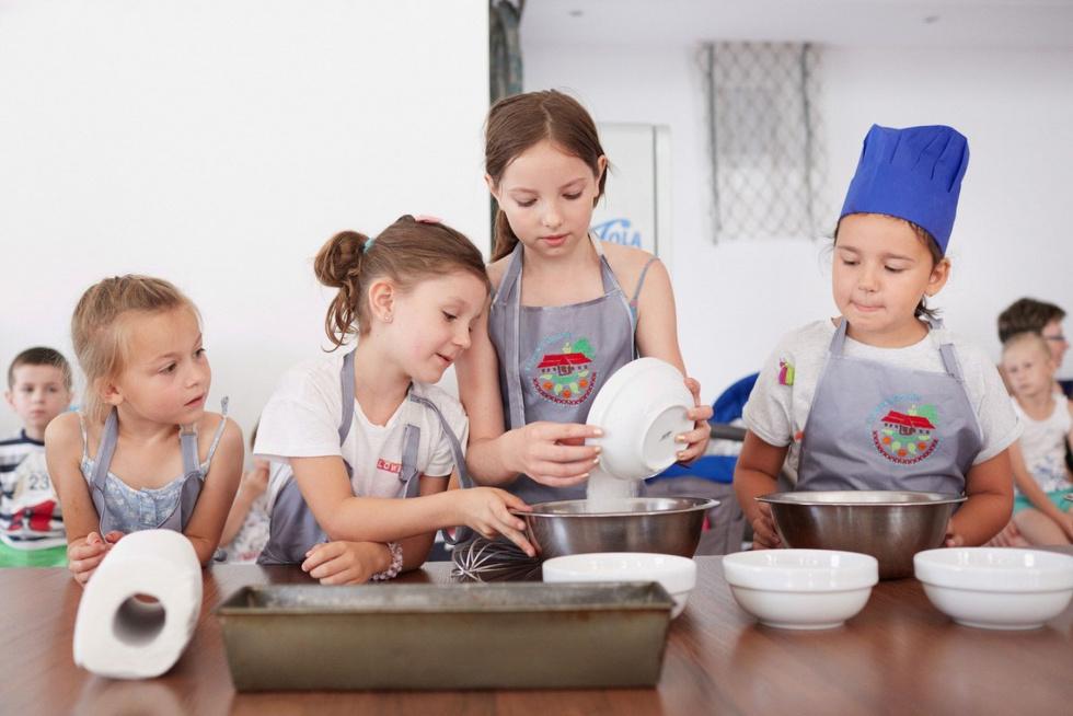"""Basznia Dolna. Festiwalowe kulinarne warsztaty dla dzieci - """"Strudle,…"""