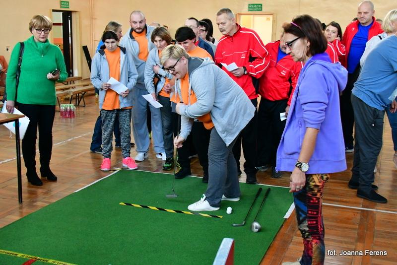 Biłgoraj. Mikołajkowy turniej niepełnosprawnych