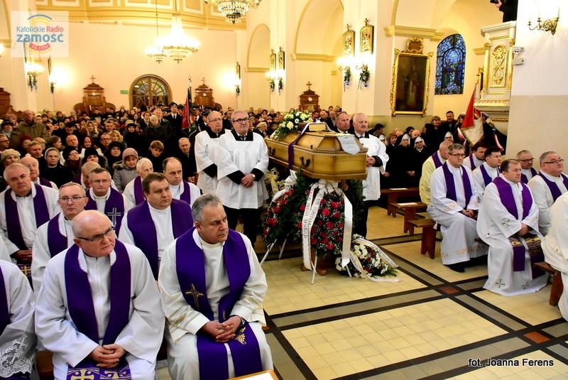 Biłgoraj. Msza św. żałobna za śp. ks. Floriana Fornala