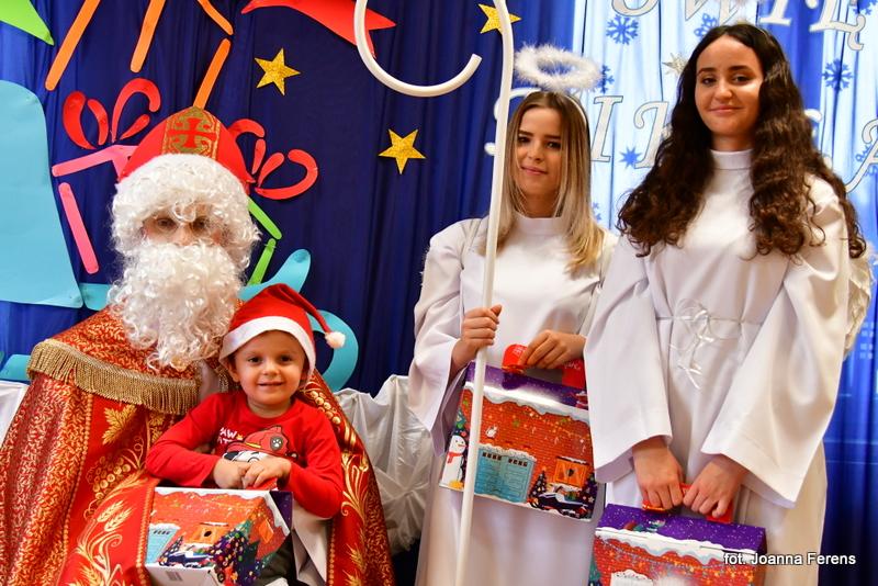 Biłgoraj. Św. Mikołaj w katolickim przedszkolu