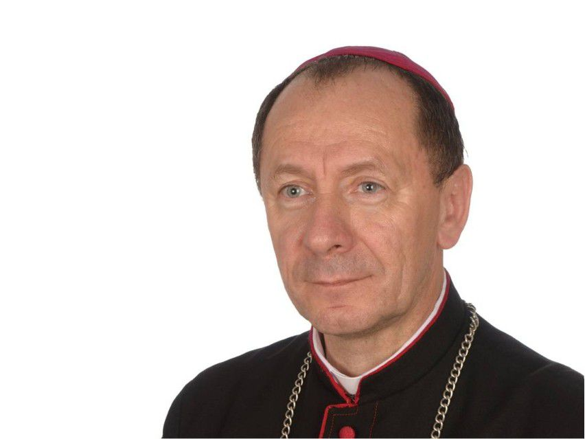 Bp Marian Rojek