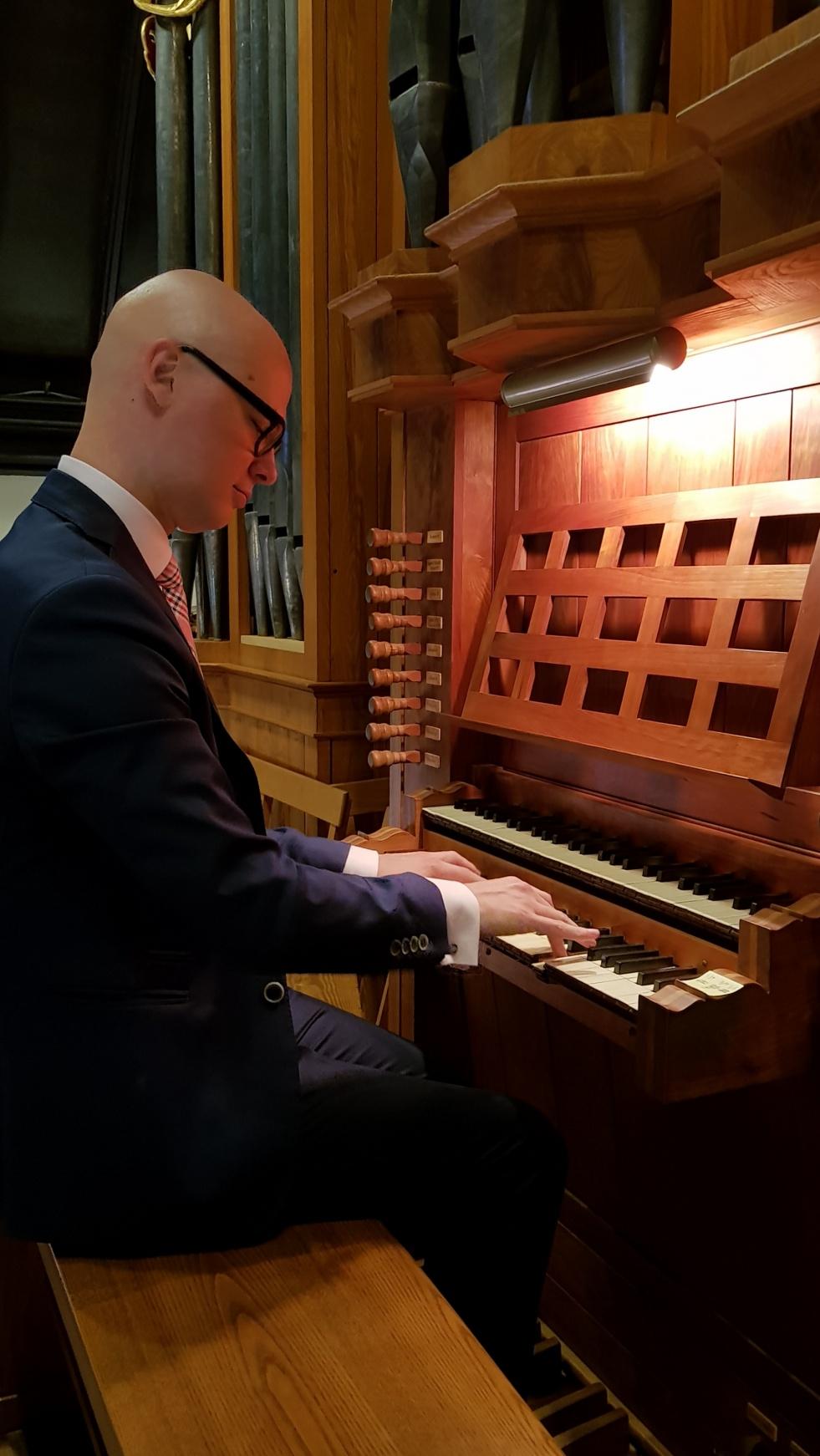 II Koncert Organowy