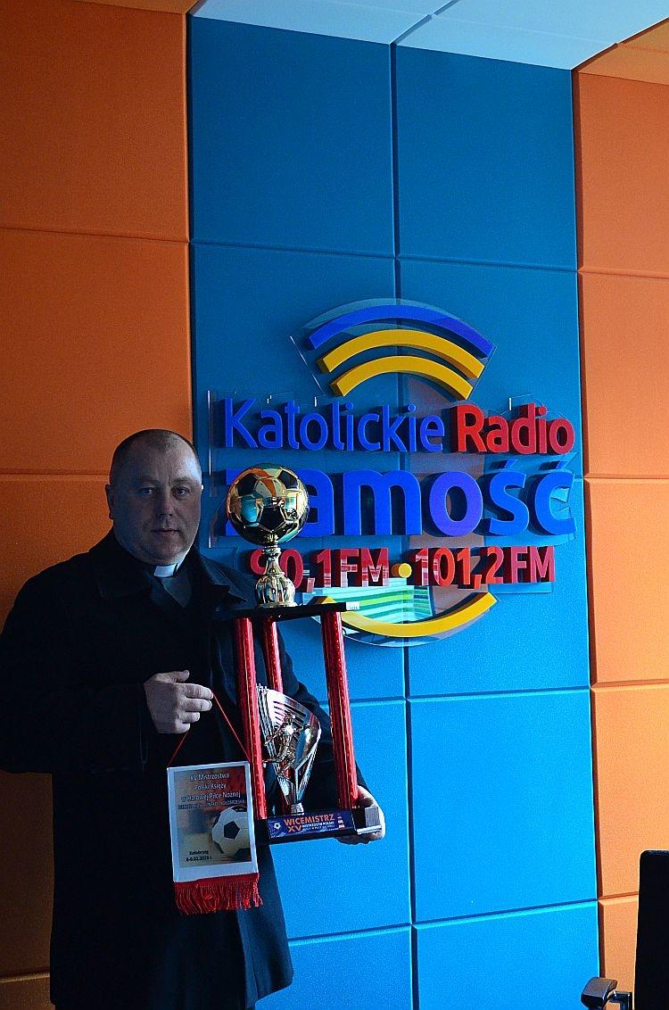 Księża wywalczyli srebro na Mistrzostwach Polski