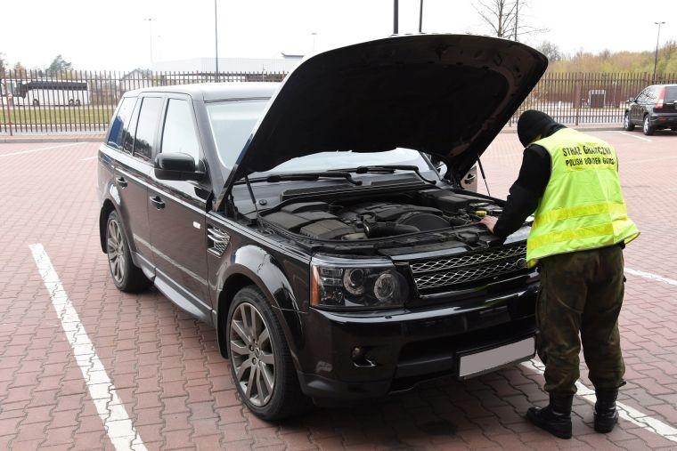 Land Rover odzyskany