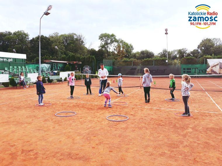 Luzowanie obostrzeń rządowych - sport dla zawodników trenujących na zewnątrz…