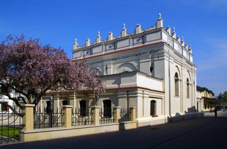 O gwiazdach opery w zamojskiej Synagodze
