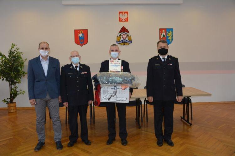 """Podsumowanie akcji """"Blood challenge"""" wśród strażaków"""