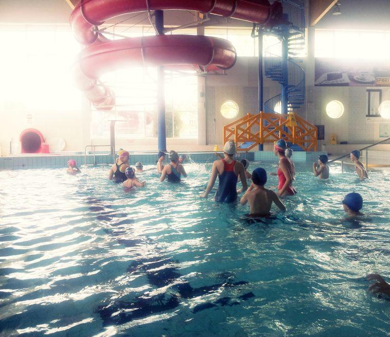 Zajęcia nauki pływania