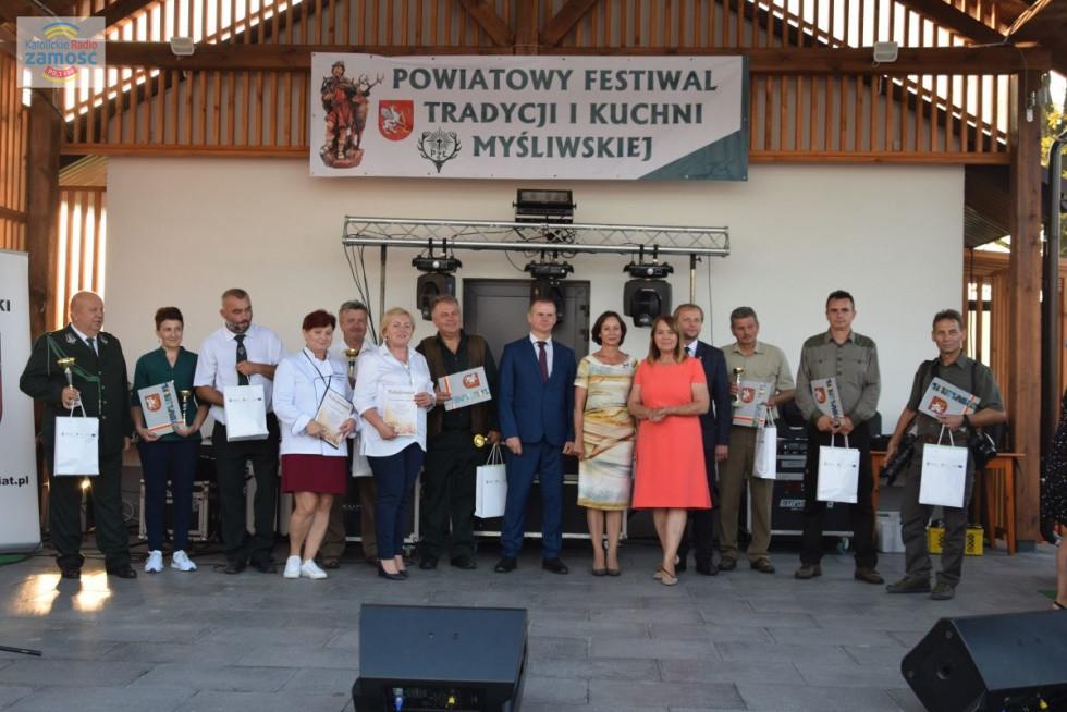 Stary Dzików. V Powiatowy Festiwal Tradycji i Kuchni Myśliwskiej